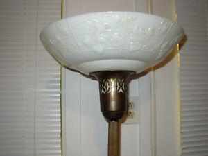 Lampe Torchère vintage 69$