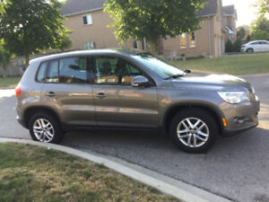 Volkswagen Tiguan 2010 4 Motions AWD for sale
