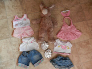 Retired Build A Bear bunny w/4 outfits