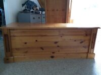 Double size extra large pine blanket trunk / chest / box