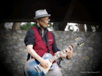 Guitarist/Vocalist LFB or to Start a Band