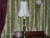 LAMPE DE SALON ( ANTIQUE )