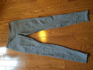 Lululemon-Grey Leggings
