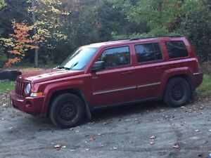 Jeep Patriot 2010 6000$ nég.