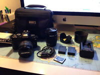 Olympus E-410 EVOLT 14-42mm and 40-150mm DSLR camera kit