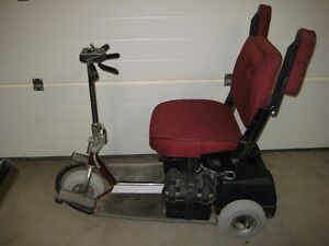 PACE SAVER MOBILITY SCOOTER
