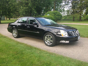 2010 Cadillac DTS - Rare 'Platinum' model
