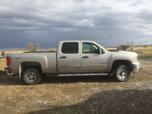 08 Chev, 2500 , HD pickup , GREAT SHAPE, looking for a good home
