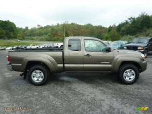 2010 Toyota Tacoma SR5, V6, 6-Speed Manual