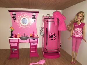 Barbie Glam Bathroom Set