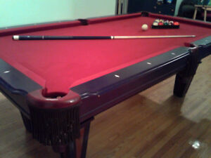 Pool Table - EXCELLENT CONDITION