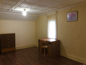 Room for rent in Crescent Heights NW