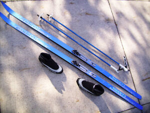 High Quality, Complete Cross Country Set of Skis, Poles & Boots