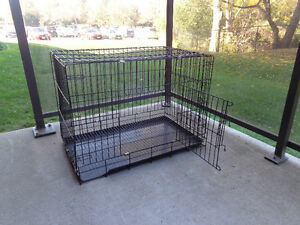 Dog Cage in excellent condition.  these are the cage's measures: