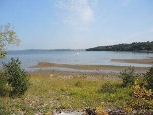 WATER FRONT COTTAGE - GRAND BAY NB - MUST SELL!