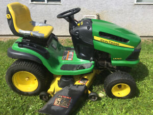 LA 140 John Deere lawn tractor AND snowblower attachment