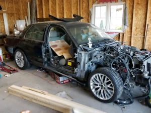2008 crown vic for parts