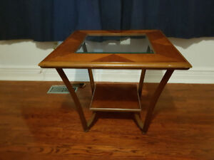 Glass topped side/coffee table ($5)