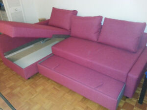 Pink Sofa - Converts into bed as well (Sudbury - Ontario)