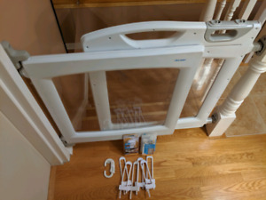 Safety 1st Perfect Fit Gate and accessories