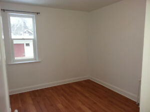1 Bedroom - Near Law School