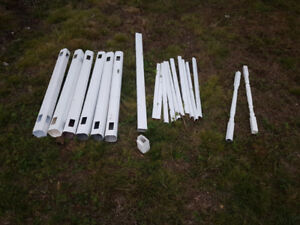 White vinyl railing pieces