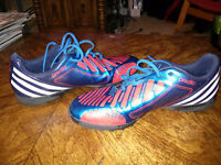 Adidas Predator Indoor / Turf Soccer Shoes - Like New - Size 9