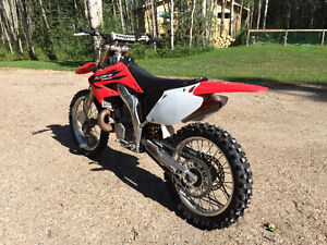 2006 CR250R MINT CONDITION