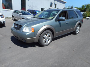 FORD FREESTYLE AWD 2006 BESOIN TRANSMISION