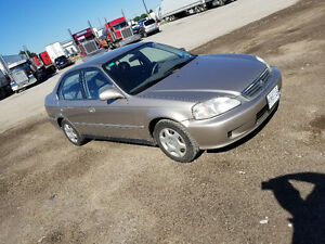 200 Honda Civic Ls Low km very clean no rust nothing wrong a.c.