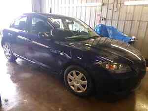 """2006 Mazda 3   """"AS IS"""" OPEN TO OFFERS ..  $1700 OBO"""