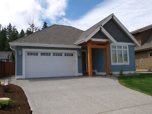 Qualicum Beach Home for Rent- Fully Furnished. New home