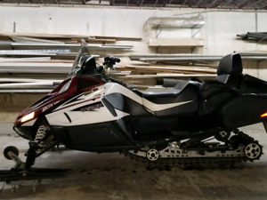 Arctic cat tz1 2011 full equipe . Impeccable