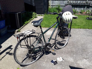 """22""""Norco bicycle With Shimano gears (gloves and helmet inc)"""
