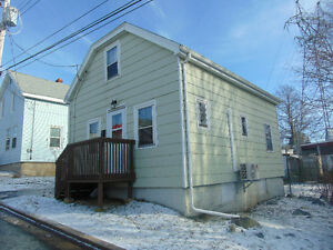 Wonderful Little Home - 7 Lovett Street, Dartmouth $164,800