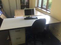 Desk with Metal draws