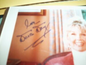 DORIS DAY AUTOGRAPH Kitchener / Waterloo Kitchener Area image 2