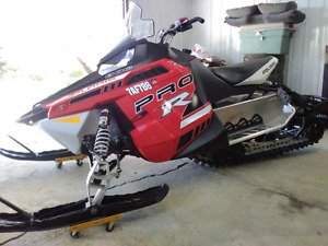 Polaris switchback pro r 800