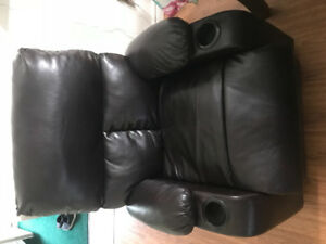 Recliner love seat and chair