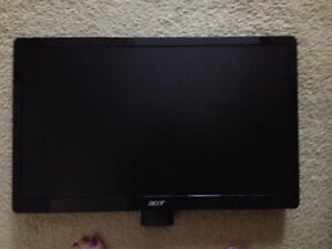 """Beautiful Large 20 - 22"""" LCD Monitor -- Screen Only -- EXCELLENT"""