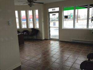 GARAGE D'OCCASION A VENDRE A VALLEYFIELD West Island Greater Montréal image 6