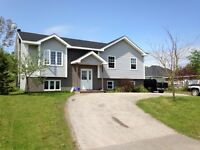 21 Mayor Avenue, Deer Lake!