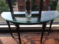 METAL/GLASS TABLE IN PERFECT CONDITION!!!