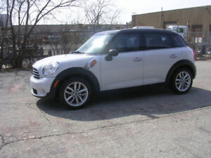2012 MINI Cooper Countryman - 4 DOOR- auto- WE FINANCE