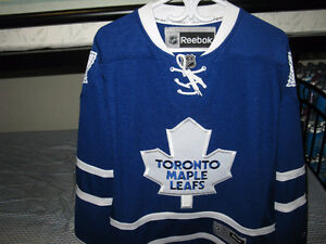 2015-2016 TORONTO MAPLE LEAFS PREMIER HOME JERSEY Kitchener / Waterloo Kitchener Area image 2