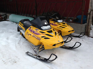 1999 Skidoo MXZ 700 COMPLETE PART OUT