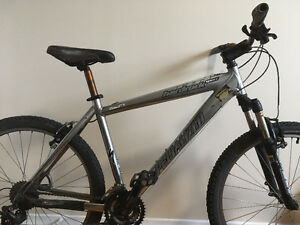 Specialized Hard Rock Sport - Silver