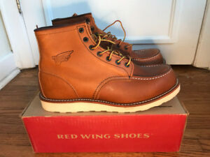 """(NEW) Red Wing Classic 6"""" Moc Boots - Size 11. $209"""