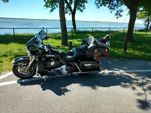 ELECTRA GLIDE ULTRA LIMITED 2011