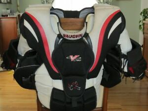 Vaughn Goalie Chest protector size junior large